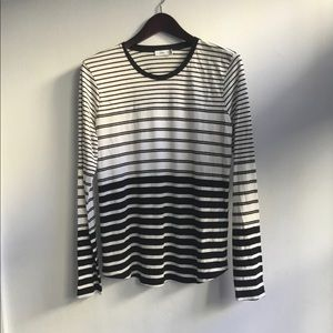 Vince black and white stripe tee, size L
